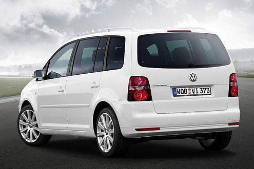Kosten für die optischen Aufwertungen für den VW Touran: ab 1560 Euro.