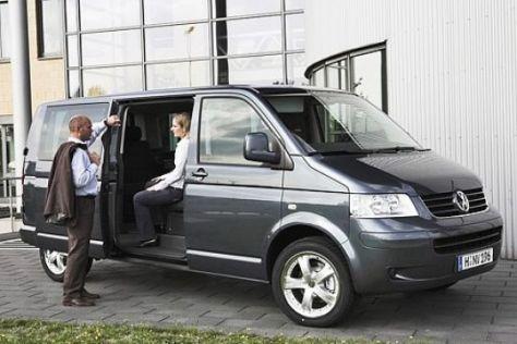 VW Multivan mit langem Radstand