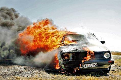 """Ratgeber """"Feuer im Auto"""""""