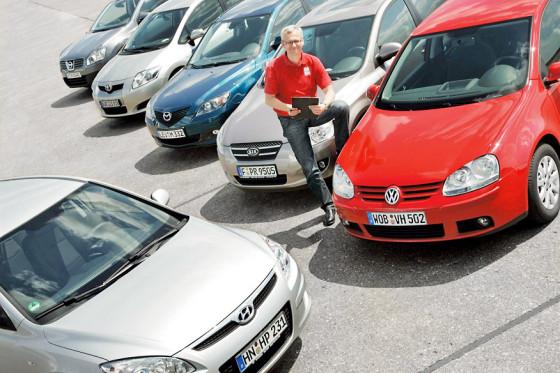 Das Fazit von AUTO BILD-Redakteur Dirk Branke: Der VW Golf ist der Chef auf dem Platz.