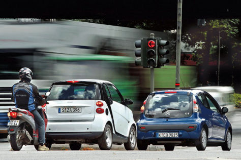 Vergleich Honda PS 125i/Smart fortwo/Citroën C1