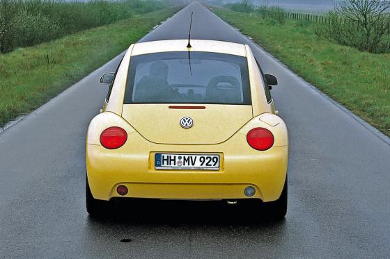 Die Kehrseite: Der Kofferraum des New Beetle ist klein und nicht gut zu beladen.