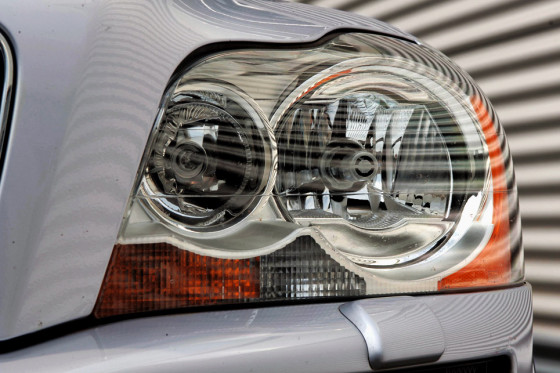 Feucht-Biotop: Die Xenon-Augen des Volvo beschlagen recht häufig.