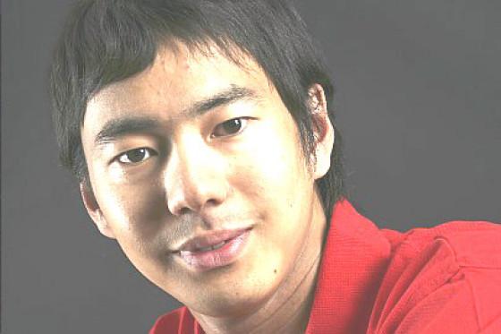 formel 1 fahrer portrait sakon yamamoto wo er f hrt ist hinten. Black Bedroom Furniture Sets. Home Design Ideas