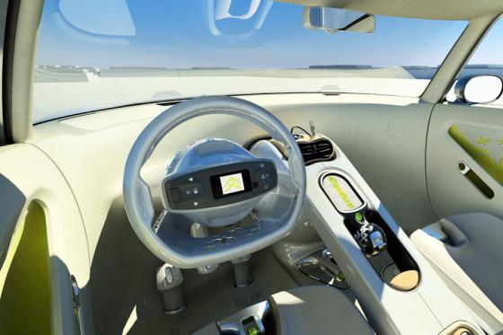 Im Cockpit verwenden die Franzosen einen hohen Anteil recycelter oder recycelbarer Werkstoffe.