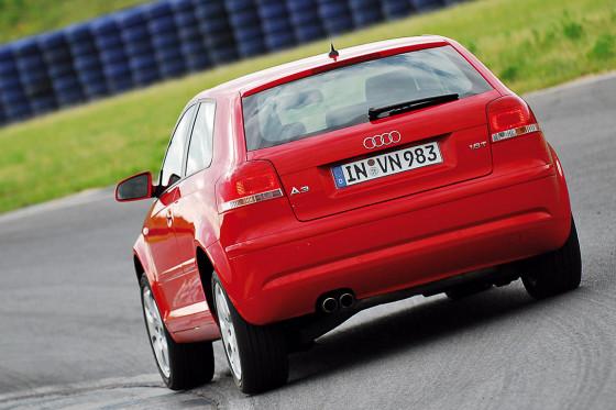 Audi A3: leicht untersteuernd und außerordentlich handlich.