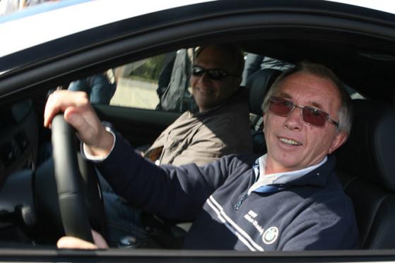 Lob von der Tourenwagen-Legende: Harald Grohs ist mit den Teilnehmern sehr zufrieden.