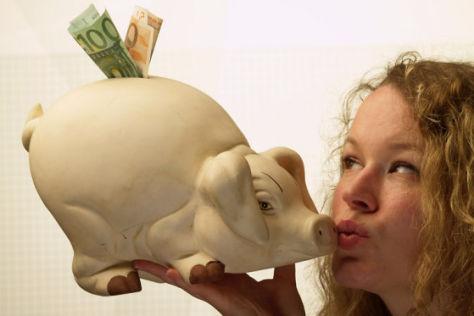 Sparschwein Blondine Geld