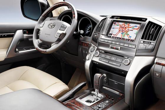 Test Toyota Land Cruiser V8
