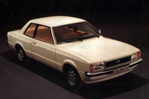 1975 wurde der Taunus stark überarbeitet. Die Knudsennase verschwand, die Karosserie wurde  geglättet, das Coupé eingestellt.