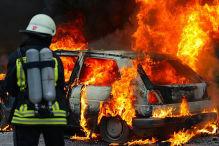 Vandalismus: Brennendes Fahrzeug