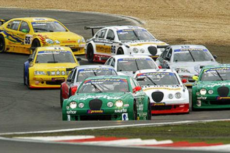 V8STAR-Serie auf dem Nürburgring