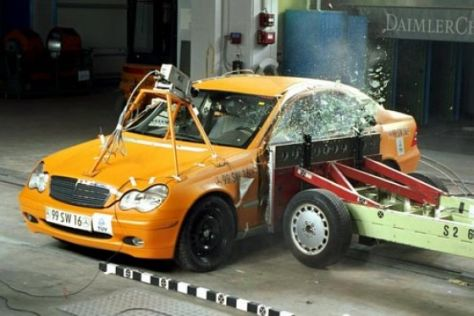 Crashtest Mercedes C-Klasse