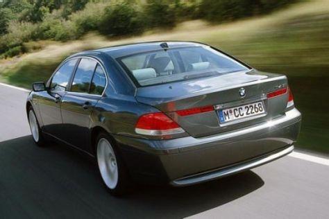 Streit zwischen Mercedes-Benz und BMW