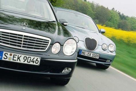 Jaguar S-Type 3.0 V6 gegen Mercedes E 320