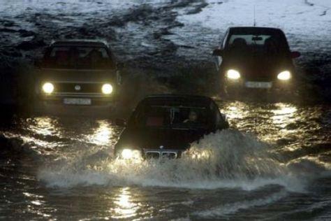 Opel hilft Hochwasseropfern