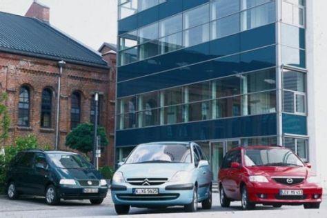 Citroën C8 gegen Mazda MPV und VW Sharan