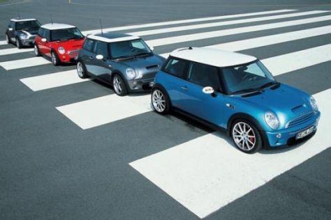 Vier getunte Mini Cooper S