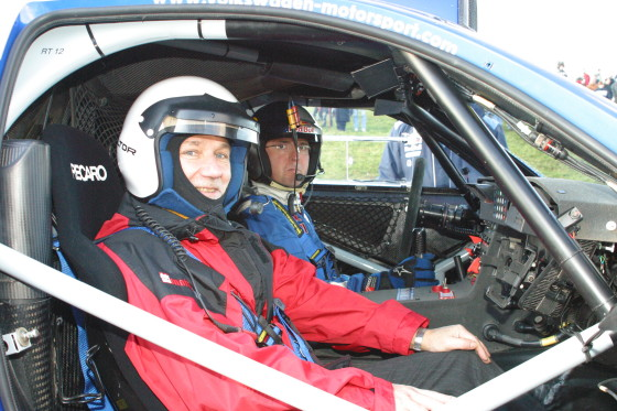 Auch der Autor ließ es sich nicht nehmen an der Seite von Dieter Depping eine Runde im Race Touareg 2 zu drehen.