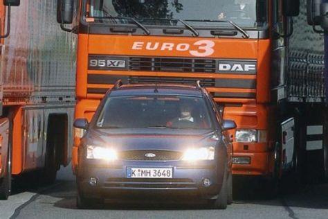 Studie über Pkw- und Lkw-Fahrer