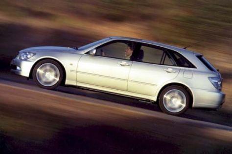 Lexus IS200 SportCross