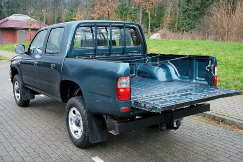 Toyota Hilux 2.4 TD Double Cab Special