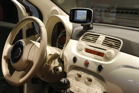 Fiat 500 mobiles Navi