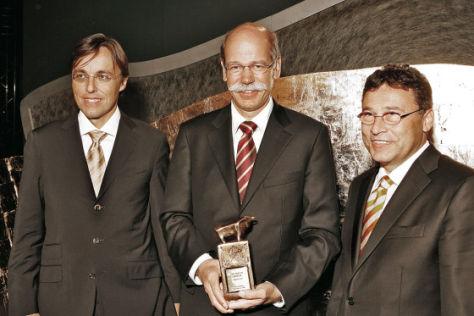 Dr. Andreas Wiele, Vorstand BILD Gruppe und Zeitschriften, Dr. Dieter Zetsche und Dr. Frank-B. Werner, Geschäftsführer Axel Springer Finanzen Verlag (v.l.)