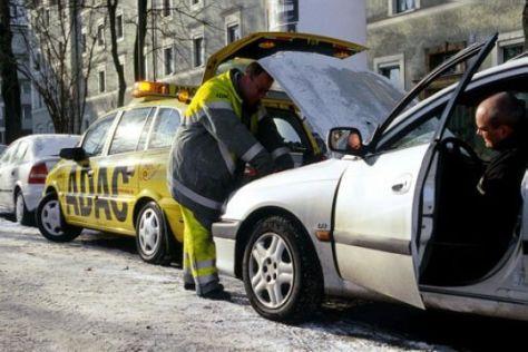 Autofahren bei Eis und Schnee