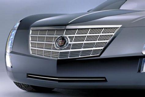 Cadillac auf der Detroit Auto Show 2003