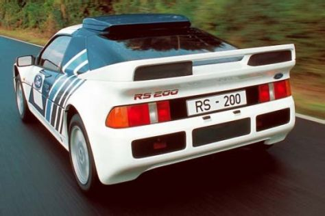 Rallyeauto Ford RS 200