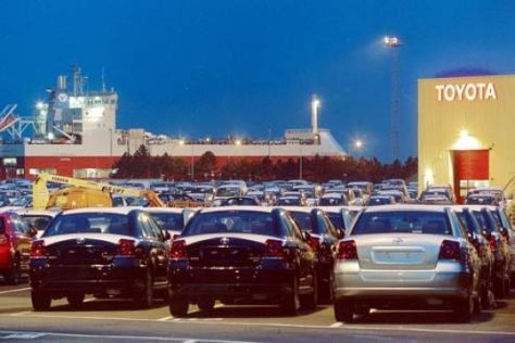 Neuwagen-Importhafen