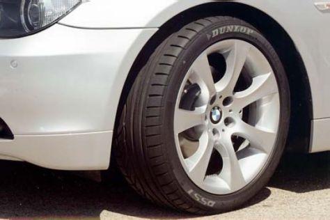 BMW 5er mit Dunlop-DSST-Reifen