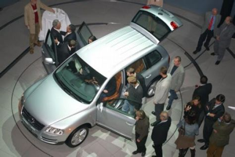 Deutscher Automarkt soll 2004 wieder wachsen