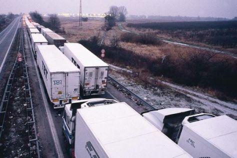 Deutschen Fernstraßen droht der Kollaps