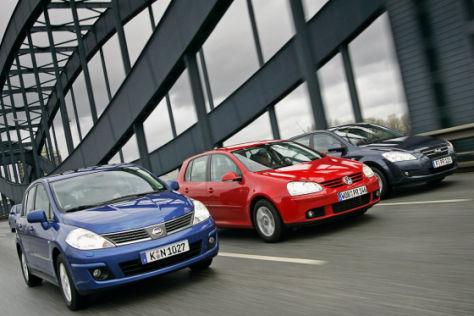 Nissan Tiida, Volkswagen VW Golf, Kia ceed
