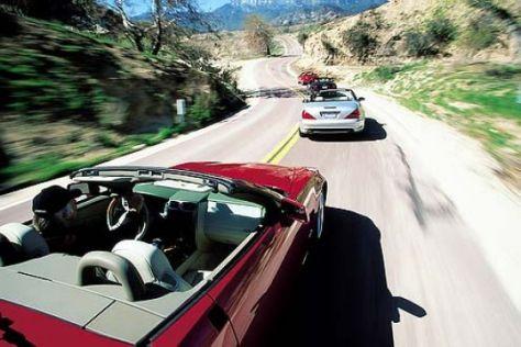 Vier Cabrios mit Achtzylinder