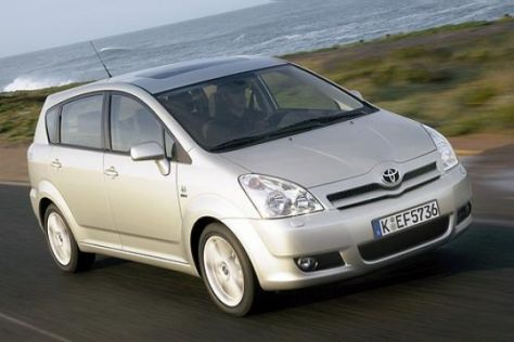 Toyota Corolla und Avensis Verso