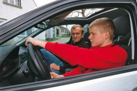 Minderjährige Autofahrer