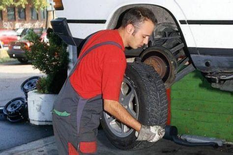 Unfall wegen alter Reifen