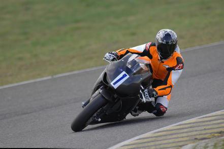 Schumi wurde bei seinem ersten Profi-Rennen für Motorräder in Italien Vierter.