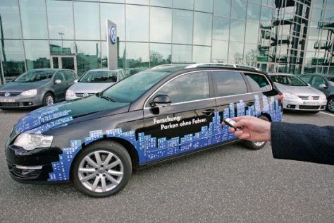 VW Passat Variant mit Park Assist Vision