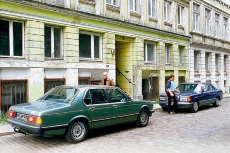 Mercedes-Benz 500 SE – BMW 728i