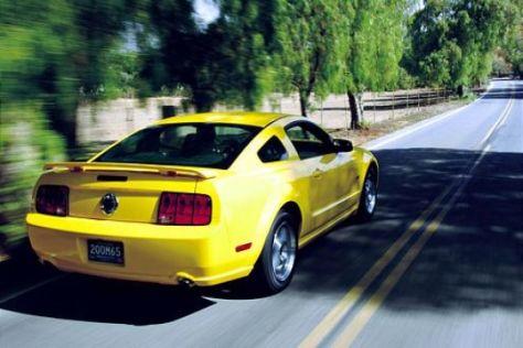 Ford Mustang GT gegen Mustang Fastback