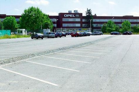 "Opel-Chef ermahnt ""Fremdfahrer"""
