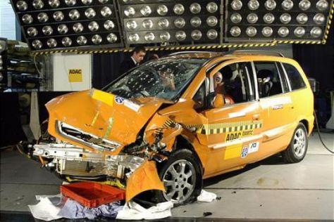 Crashtest Opel Zafira CNG