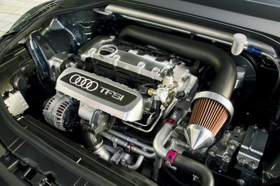 Wie in der Studie: Der Zweiliter-Turbo bringt es auf  302 PS und 420 Newtonmeter Drehmoment.