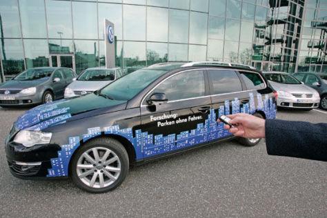 Volkswagen Passat mit Park Assist Vision