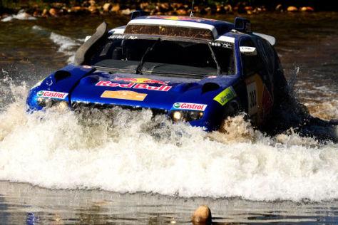 VW Race Touareg 2 im Wasser