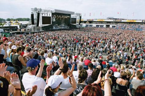 Festival Zuschauer Menschen Bühne
